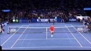Little kid outplays Rodger Federer and hits a perfect lob shot - Exhibition Tennis 2015