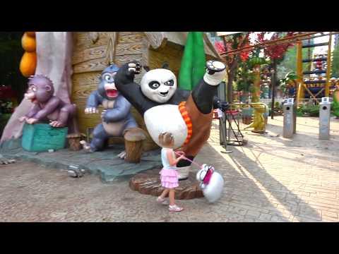 Самый лучший Детский парк ВЛОГ 2 с HELLO KITTY в СУПЕР парке для детей Видео для девочек Vlog