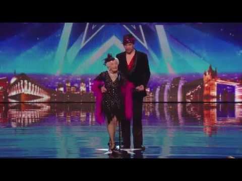 Paddy 80 de años & Nico- Electric Ballroom (Salsa)  Britain's Got Talent 2014