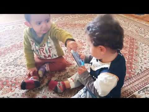 Twins baby fighting for mobile - Cute baby's funny