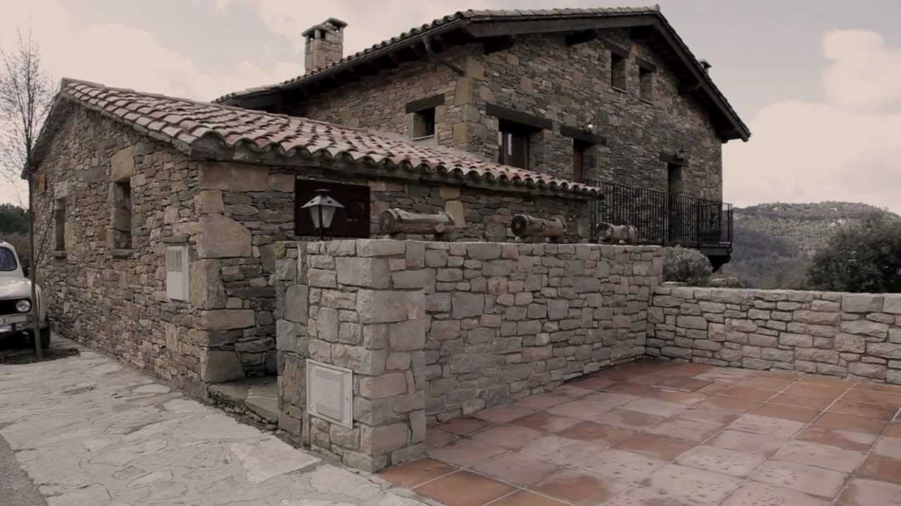 Casa rural l 39 alzina tavertet osona bcn youtube for Casa de lloguer a osona
