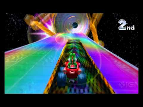 Mario Kart 7 - Rainbow Road (on-screen gameplay)