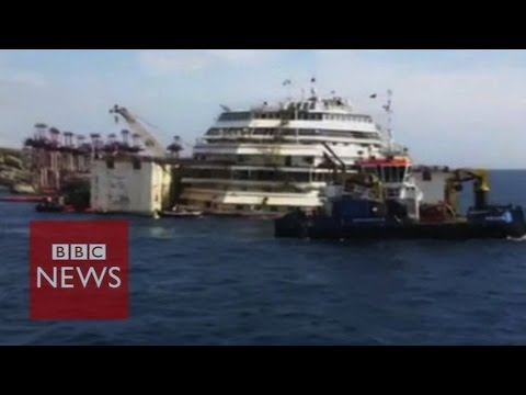 Close-up look at Costa Concordia wreckage