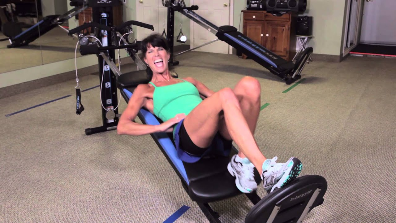 Rosalie brown squat workout on total gym youtube for Gimnasio total