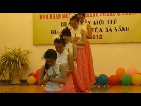 Múa bài Giấc Mơ Trưa full 1 (Bổn Mạng Giới Trẻ 2012)