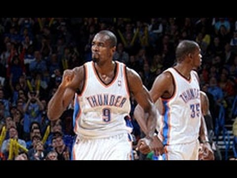 Durant Sets Up Serge Ibaka for the HUGE Smash