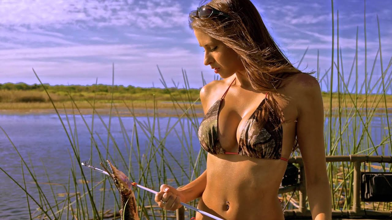 bikini bowfishing calendar - photo #2