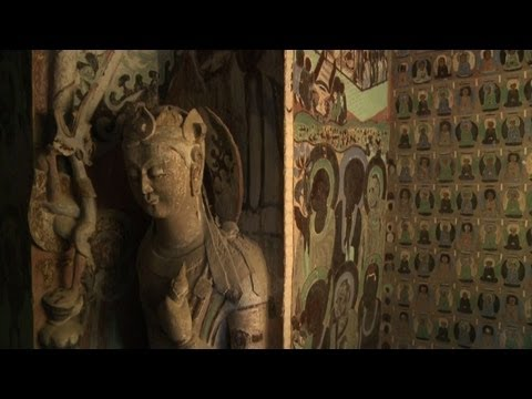 Digital reincarnation for Dunhuang's Buddhist art