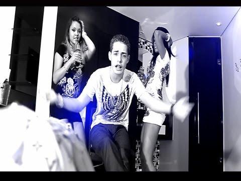 MC Renan Ela é Baladeira (clip Oficial 2013) P.drão