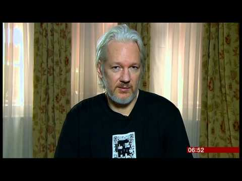 BBC Click's Spencer Kelly Interviews Julian Assange