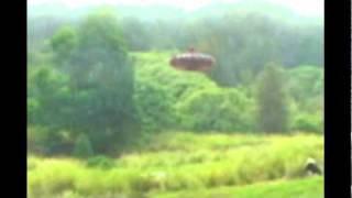 OVNIs Video Grabado En El Mundo 2011 Dos Avistamientos