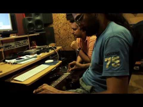 KollektivA - Δυο Μαθήματα   KollektivA - Dio Mathimata - official clip