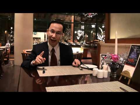 Francis Hùng - Paul Vương - nghệ thuật ăn buffet tại nhà hàng sang trọng