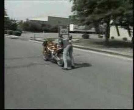 Śmieszny filmik - wypadki na motorach