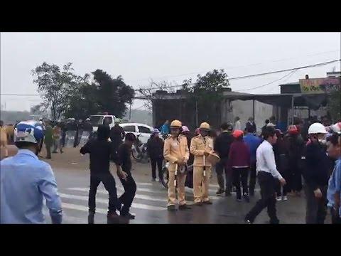 Tin Nóng: Biểu tình Lớn tiếp tục nổ ra chặn Quốc Lộc 1A tại Hà Tĩnh - FORMOSA lại Thất Thủ