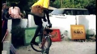 Awesome Senegalese Bike Tricks!