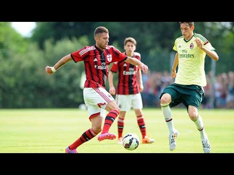 Milan Rossonero vs Milan Giallo at Milanello | AC Milan Official