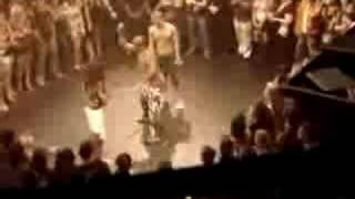 Brazilian Martial Arts Expert(Capoeira) Vs Kick Boxer