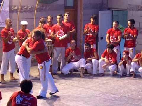 Mestre Kim e Mestre Barrao - Axe Capoeira Turkey Batizado 2009