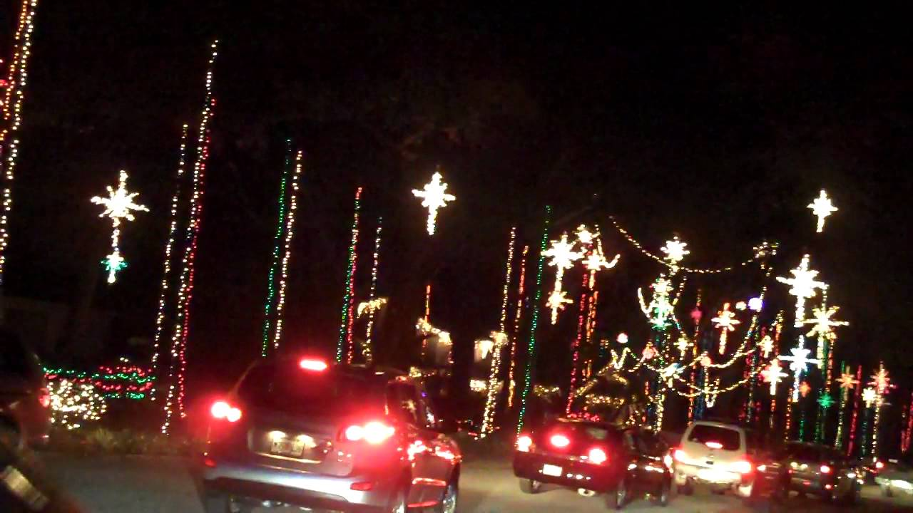 Christmas Lights at Blackhawk Cove, Jacksonville, FL 2011 video 1 ...