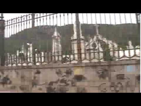 VISITA AO TÚMULO DE EVALDO BRAGA por Emanuel Messias