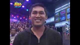 Anne, Karylle dance 'Gimme Gimme' with corn vendor view on youtube.com tube online.