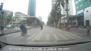 2 thanh niên đi vào đường dành cho BRT gây tai nạn cho 2 em học sinh