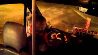Microbuzul 111. Șoferul vorbește des la telefon