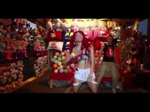 Laila V - Electric Carnival