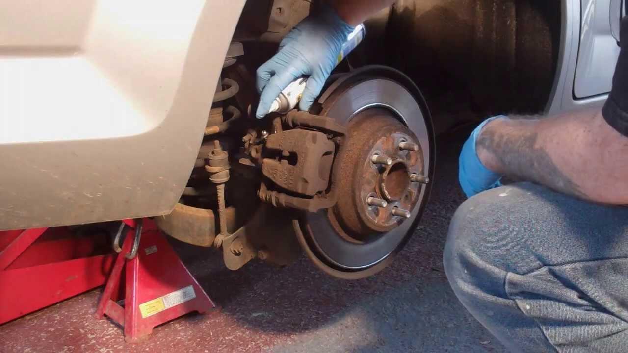 Brake Fluid Change Ford Mondeo Mk4 2008 On Youtube