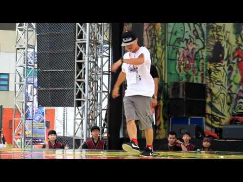 Bboy Katsu (MZK) at Hipnotis Flexi Dance Terror 2011 (Indonesia)