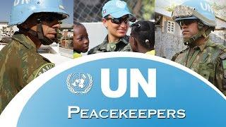 No dia 29 de maio comemora-se o Dia Internacional dos Peacekeepers. Neste vídeo, a Força Aérea Brasileira (FAB) homenageia os militares que têm a nobre missão de promover a paz nas ruas de Porto Príncipe, no Haiti.