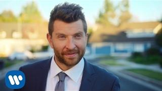 Brett Eldredge - Somethin' I'm Good At (Official Music Video)