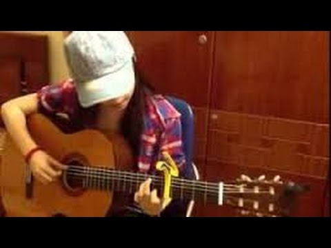 Gõ bo + em gái đàn guitar cực đỉnh