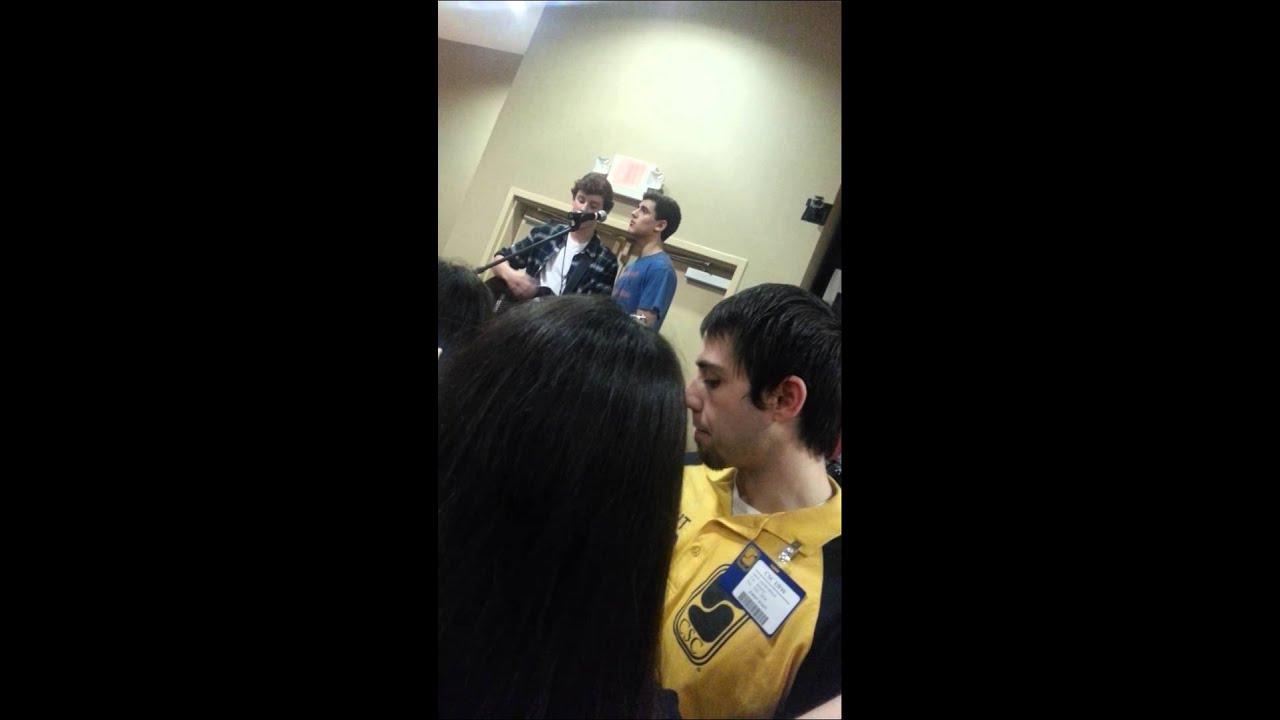 Shawn Mendes giving Jack Gilinsky singing lessons смотреть
