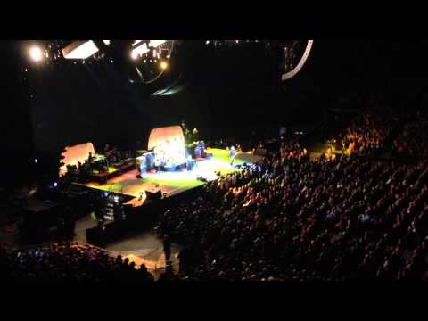 Fleetwood Mac - Second Hand News (Live Sportpaleis Antwerp