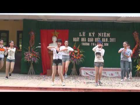 Roly poly (Thể hiện: Nhóm nhảy Angel Lớp 9A3 THCS Từ Sơn - Bắc Ninh)