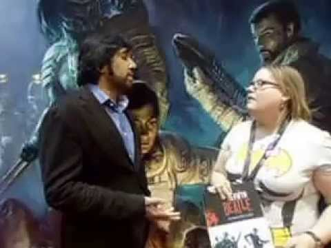 Thumbnail image for 'Cousin Jessi interviews author Vivek J. Tiwary at C2E2 2014'