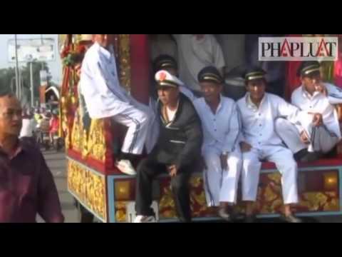 Toàn Cảnh Đám Tang Vụ Giết 6 Người Ở Bình Phước   ( hữu vẹn) rất hay