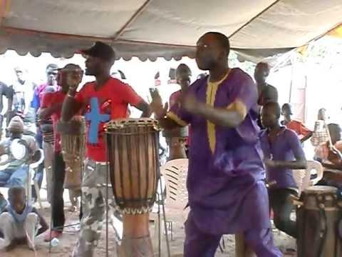 SABAR Ndiaga MBAYE maître tambour MBOUR (Sénégal) (partie 2)