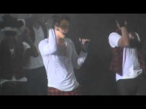 [FANCAM/220511] Hip Song - RAIN @ The Best 2011 Rain Asia Tour in Singapore