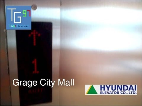 Hyundai Traction Scenic Elevator at Grage City Mall, Cirebon