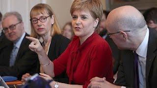 تيريزا ماي:الوقت غير مناسب لتنظيم استفتاء على استقلال اسكتلندا |