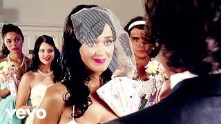 Превью из музыкального клипа Katy Perry - Hot N Cold