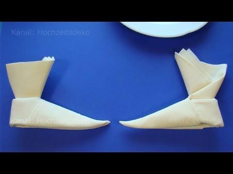 Servietten falten stiefel z b f r weihnachten youtube for Youtube hochzeitsdeko