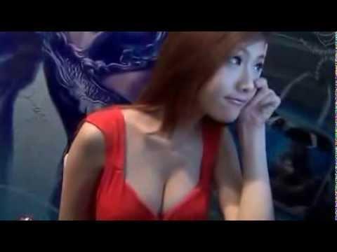Hậu trường người mẫu game chụp ảnh quảng cáo khoe ngực khủng