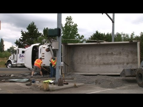 Tow Trucks Uprighting Overturned Vehicles Pierce County WA Volume 1
