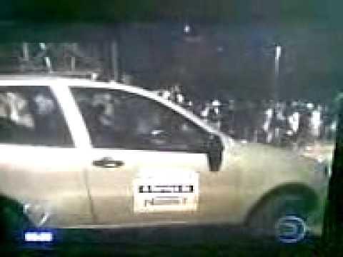 acidente funcionario sai com carro da empresa e atropela varias pessoas num racha.