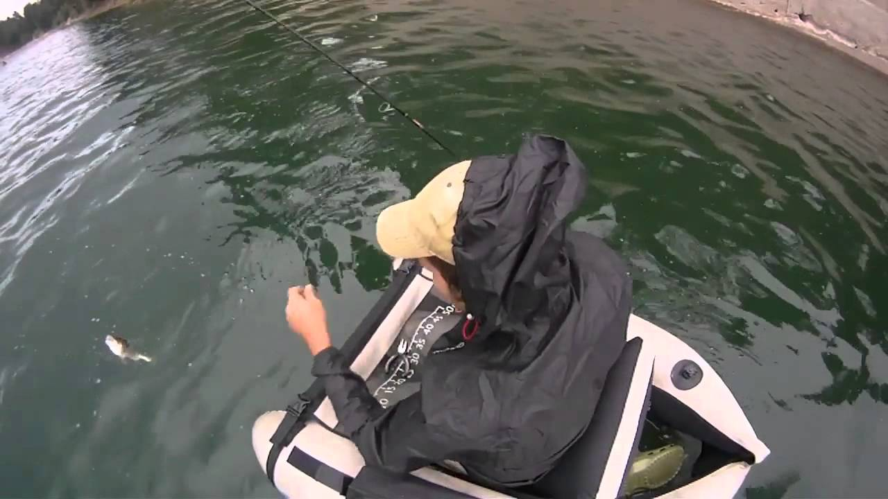 Spinning da belly boat lago ampollino youtube for Belly boat fishing