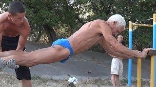 Umurnya sudah 73 tahun, tapi lihat dulu kekuatanya